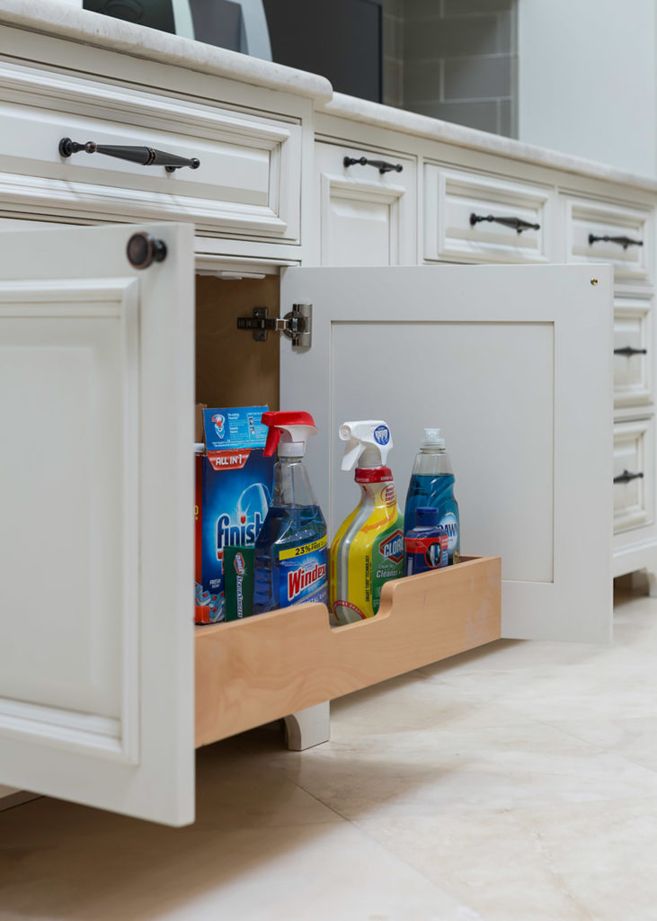 Highpoint Concealed Organizaation Drawers