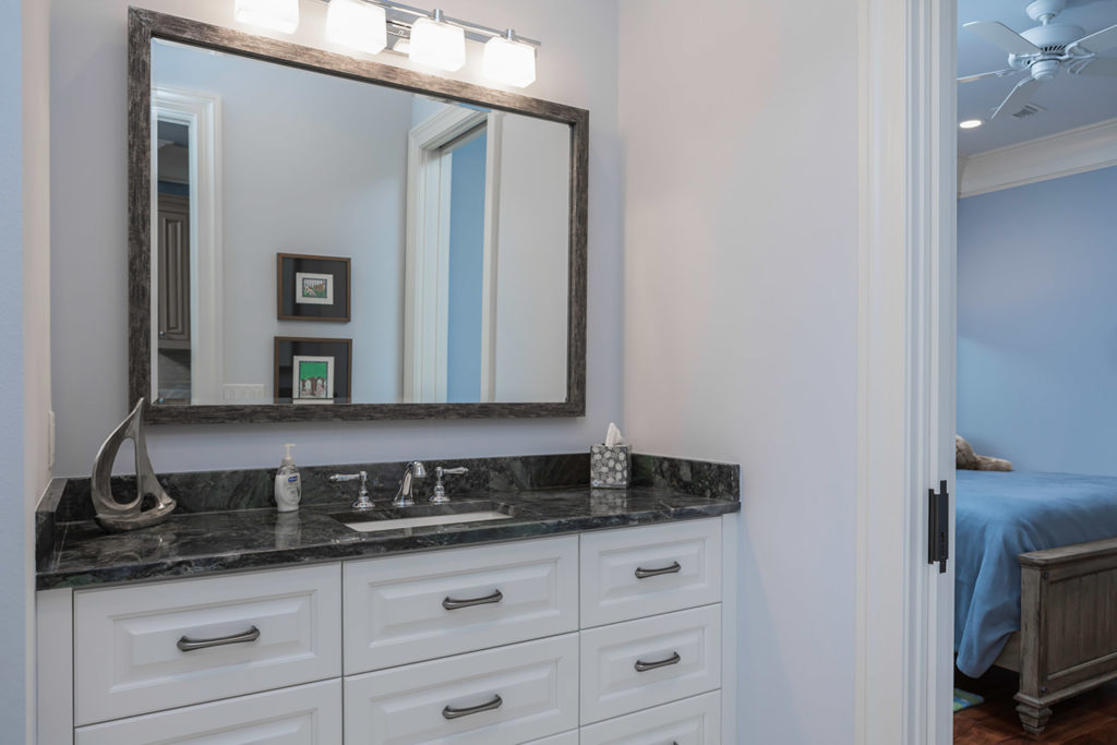 Highpoint Bathroom Vanity with White Cabinets