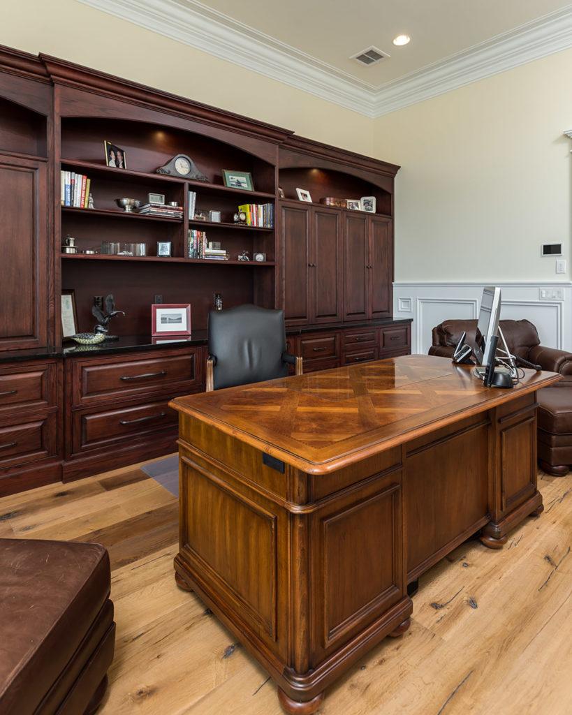 Peaks Office