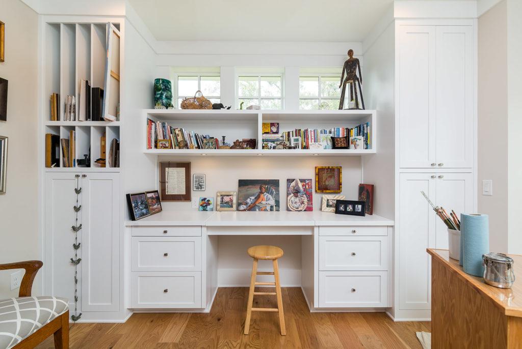 Lundy Art Desk