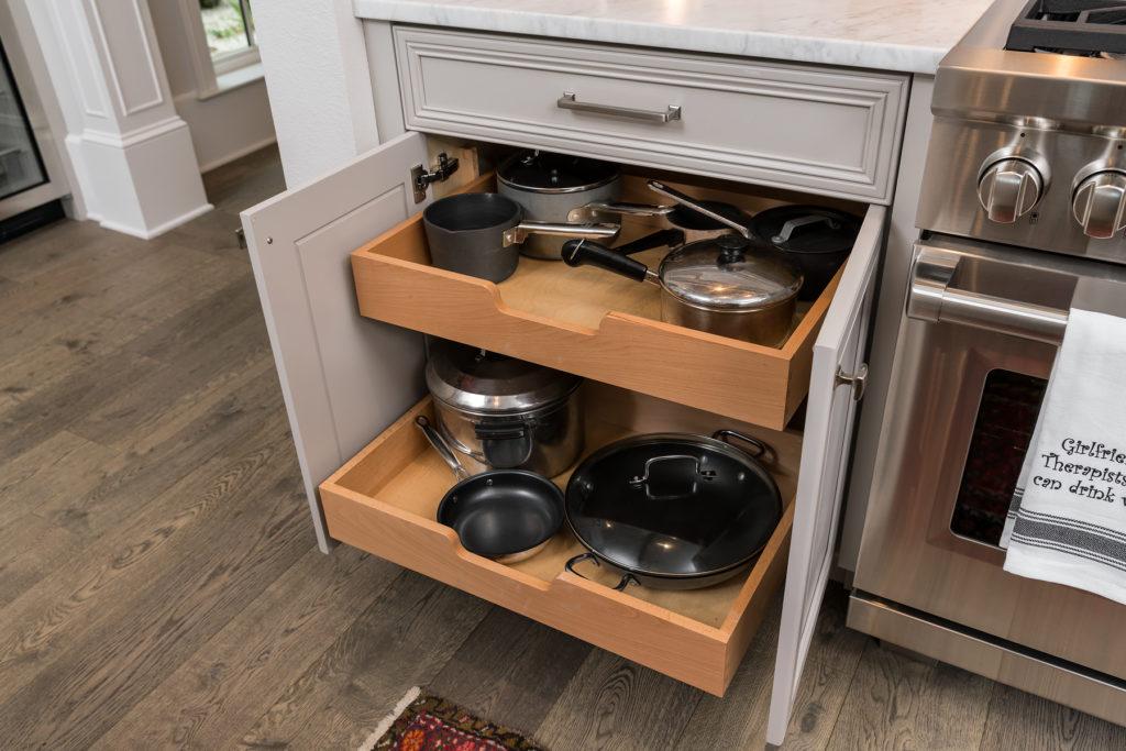 Kitchenware Storage